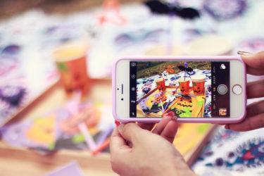 【スマホ・携帯】海外旅行ではSIMを買う?それともWi-Fi?